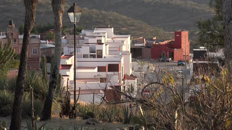 Mexico-Guanajuato-Suburb-With-White-And-Red-Houses