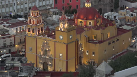 Mexico-Guanajuato-Yellow-And-Red-Church-Lit-In-Evening