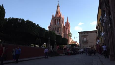 Mexico-San-Miguel-Church-Beyond-Plaza
