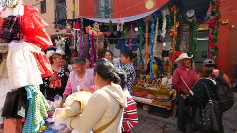 Mexico-San-Miguel-Looking-At-People-In-Market