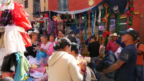 Mexico-San-Miguel-Market-Scene-With-Crowd