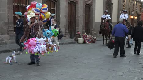 Mexico-San-Miguel-Police-On-Horses