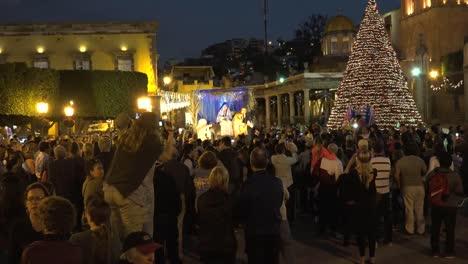 México-San-Miguel-Posada-Con-María