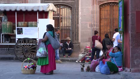 Mexico-San-Miguel-Vendor-In-Pink-Skirt