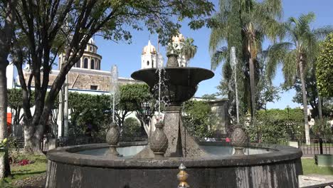 Mexico-Tlaquepaque-Fountain-Plaza-Jardin-Hidalgo
