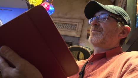 Mexico-Tlaquepaque-Man-With-Hat-Reads-Menu