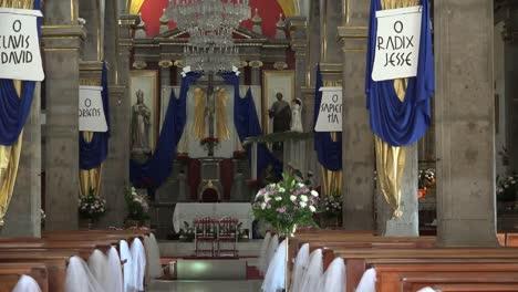 Mexico-Tlaquepaque-Zooms-On-Interior-Of-Parish-Church