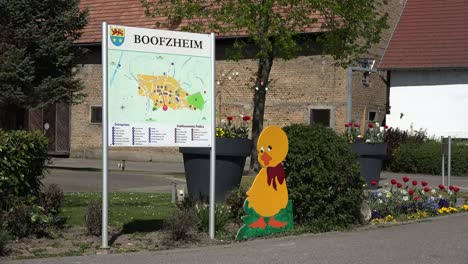 France-Alsace-Easter-Decorations-At-Boofzheim