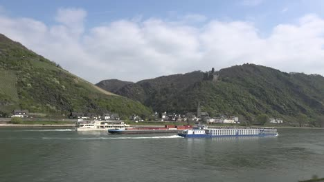 Germany-Rhine-Excursion-Boats-And-Barge-On-The-Río-Below-Burg-Maus