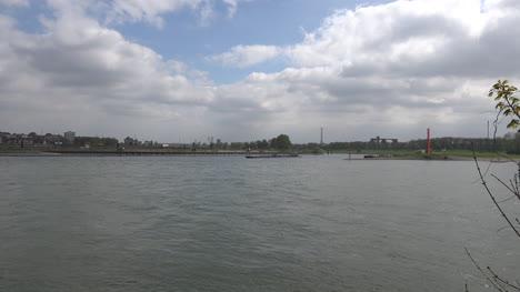 Germany-Barge-Leaving-Ruhr-Zoom-In