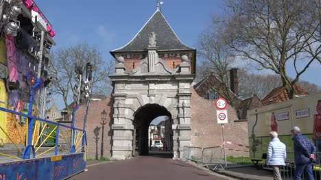 Netherlands-Schoonhoven-City-Gate-With-People-Walking