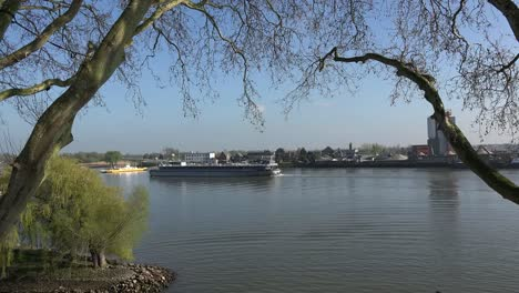Netherlands-Schoonhoven-River-Lek-With-Many-Barges-Time-Lapse