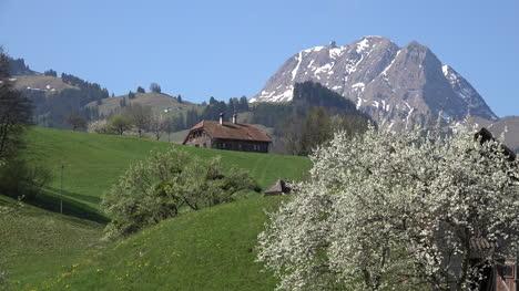 Switzerland-Scene-With-Peak-Ot-De-Broc