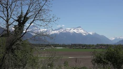 Switzerland-Views-Near-Port-Valais