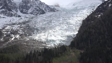 France-Mont-Blanc-Les-Bossons-Glacier-Zoom-Out