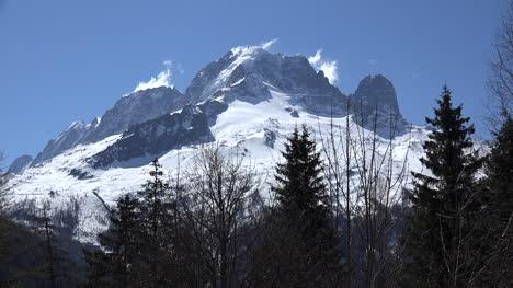 Francia-Mont-Blanc-Con-Briznas-De-Nubes-Alejar