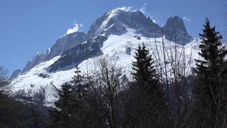 France-Mont-Blanc-With-Cloud-Wisps