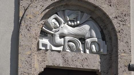 France-Revel-Belledonne-Tallado-En-La-Iglesia