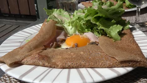France-Crepe-With-Egg-Zoom-In