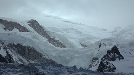France-Ice-On-Mont-Blanc