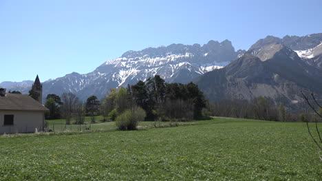 France-Ridge-In-The-Alps-Near-Gap
