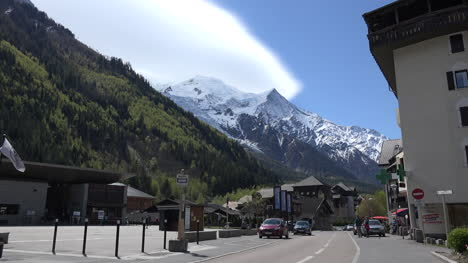 France-Street-In-Chamonix-With-Mont-Blanc