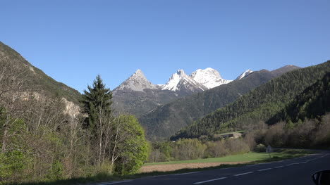 France-Alps-Three-Peaks-Zoom-In