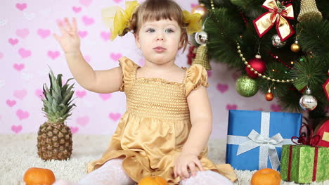 Baby-Girl-Waving-To-The-Camera-Slow-Motion