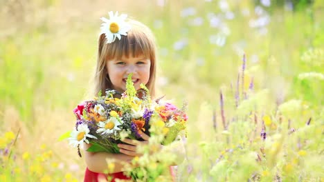 Beautiful-Girl-With-Flowers-In-The-Meadow