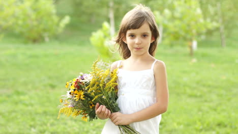 Girl-With-A-Bouquet-Of-Flowers-Spinning