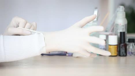 Manicure-Wears-Gloves