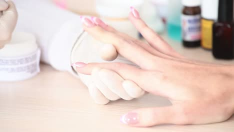 Manicurist-Painting-On-The-Nails