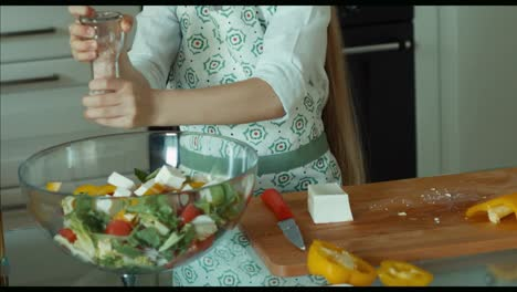 Girl-Salad-Sprinkles-Salt-Child-Chef-In-The-Kitchen-Zooming