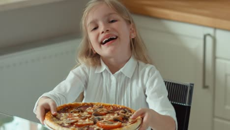 Girl-Holding-Pizza-Great-Pizza-Child-Offers-Pizza-To-Viewer