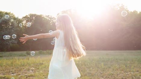 Girl-Spinning-In-The-Sunlight