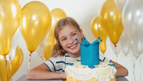 Closeup-Shot-Cheerful-Girl-With-Her-Birthday-Cake-Dolly-Shot