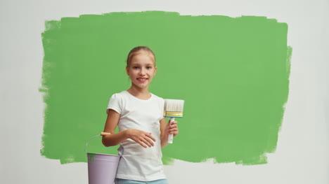 Girl-Nods-Her-Head-Near-Green-Screen