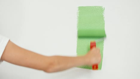 Girl-Painting-Green-Screen-On-The-Wall