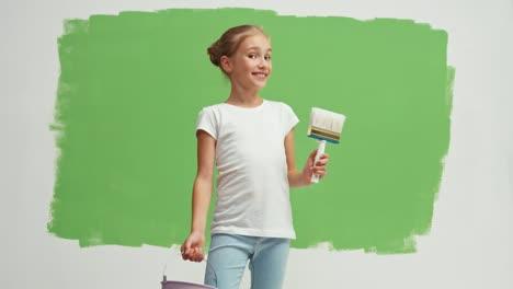 Pintor-Sostiene-Un-Pincel-Y-Un-Balde-De-Pintura