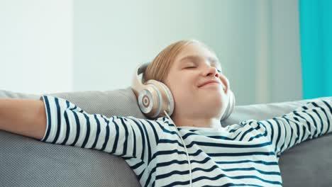 Children-relaxing