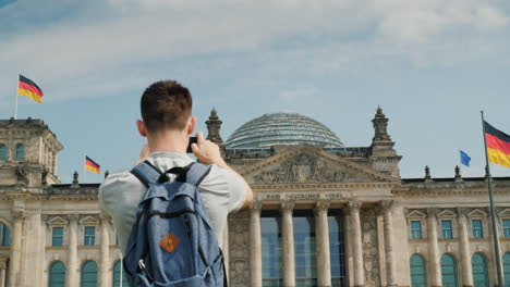 Teenager-Takes-Pictures-Of-The-Bundestag-Berlin-02
