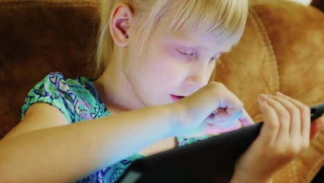 Young-Caucasian-Girl-Using-A-Tablet-06
