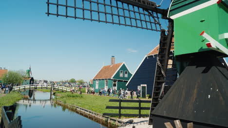 Traditional-Village-in-Holland