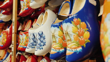 Traditional-Wooden-Shoes-In-The-Netherlands