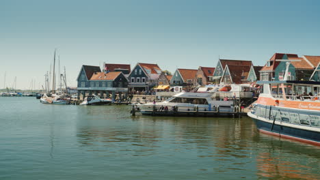 Picturesque-Dutch-Fishing-Village