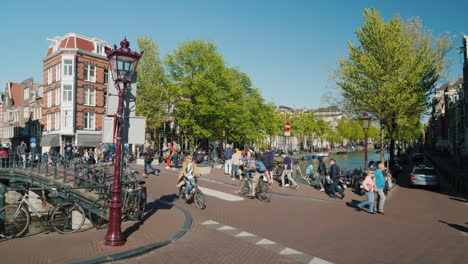 Pedestrian-Bicycle-And-Car-Traffic-Amsterdam