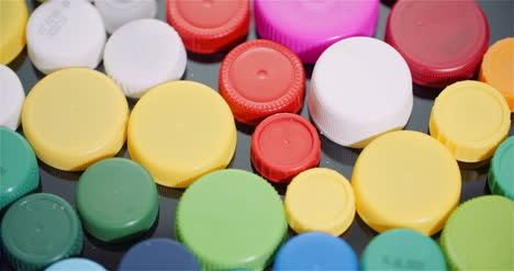 Few-Plastic-Bottle-Caps-Plastic-Processing-Recycling-Industry-15