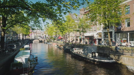 Sunny-Canal-In-Amsterdam-