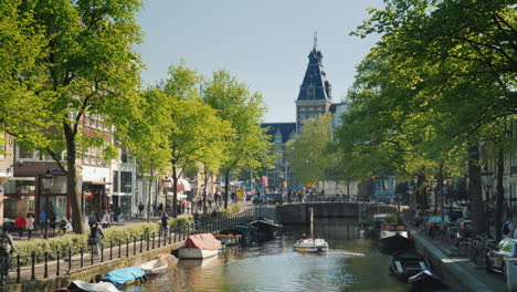 Canal-in-Amsterdam