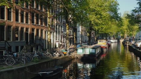 Amsterdam-Canal-Scenic-View